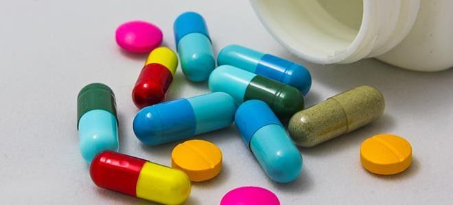 Προειδοποίηση ΕΟΦ για παρενέργειες από τη χρήση αντιβιοτικών