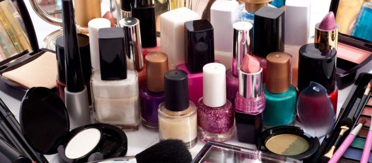Ο ΕΟΦ αποσύρει 74 προϊόντα καλλυντικών λόγω μη ενδεδειγμένης ποιότητας