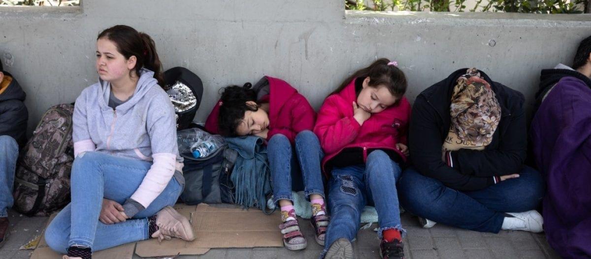 DW: «Το 14% των μικρών Ελληνόπουλων παραμένει υποσιτισμένο καθώς δεν μπορεί να εξασφαλίσει ούτε ένα πιάτο φαγητό»