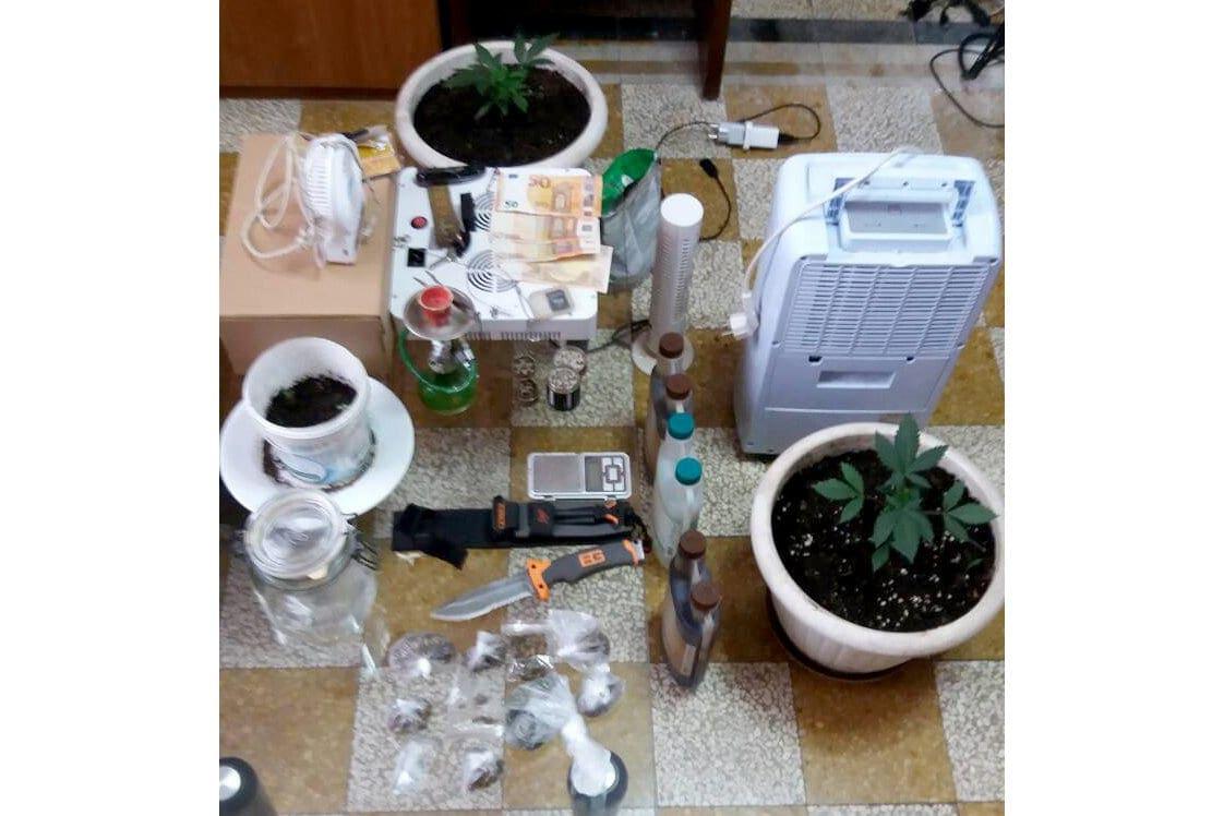 Συνελήφθησαν στην Πάτμο τρεις ημεδαποί εμπλεκόμενοι σε διαφορετικές υποθέσεις κατοχής-καλλιέργειας- διακίνησης ναρκωτικών ουσιών και οπλοκατοχής