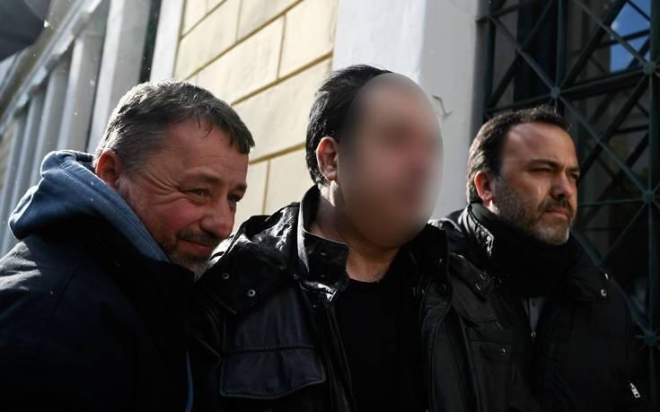 Θέμα ωρών η αποφυλάκιση του ενεχυροδανειστή και των οκτώ κατηγορουμένων