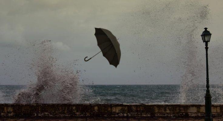 Όλα τα νέα δεδομένα για τα δύο κύματα κακοκαιρίας που θα σαρώσουν την Ελλάδα