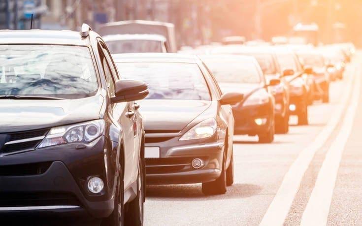 Η προθεσμία για τα τέλη κυκλοφορίας και τα πρόστιμα αν δεν πληρωθούν εμπρόθεσμα