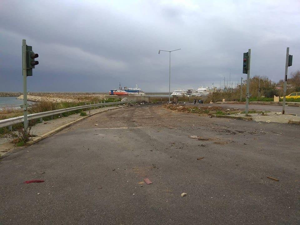 11 φορτηγά σκουπίδια μάζεψε ο Δήμος απο τον καταυλισμό στο Κορακόνερο