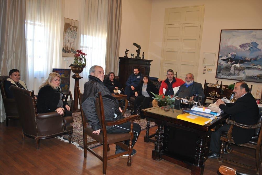 Συνάντηση του Δημάρχου με το Δ.Σ του Πολιτιστικού Συλλόγου Αρχίπολης και τον πρόεδρο και τον αντιπρόεδρο των Φανών
