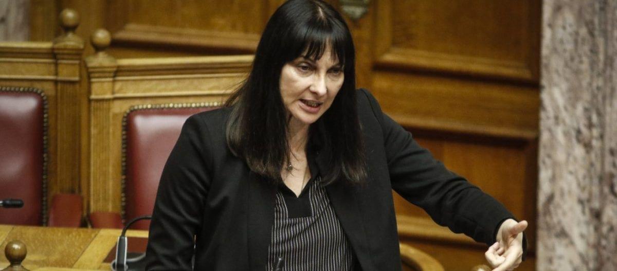 Ο Π.Καμμένος διέγραψε την Ελενα Κουντουρά: «Αντάλλαξες την Μακεδονία με την υπουργική σου καρέκλα»