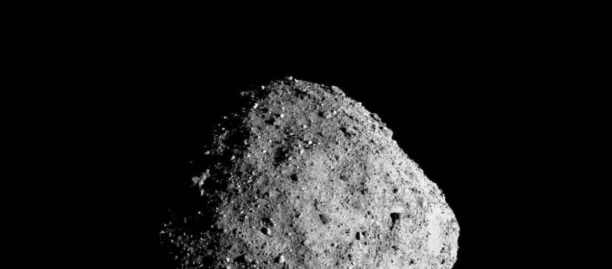 Η επιφάνεια ενός αστεροειδή πιο κοντά από ποτέ (φώτο)