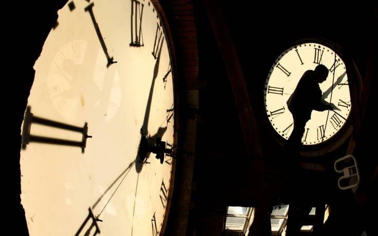 Πότε γυρίζουμε τα ρολόγια μας μια ώρα μπρσοτά