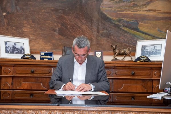 Ιστορικής σημασίας για το Νότιο Αιγαίο η υπογραφή του Συμβολαίου Συνεργασίας μεταξύ της Περιφέρειας Ν. Αιγαίου και της Ευρωπαϊκής Τράπεζας Επενδύσεων
