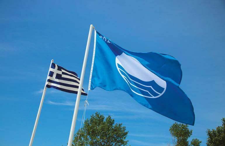 39 γαλάζιες σημαίες  κέρδισε η Ρόδος για τις παραλίες της