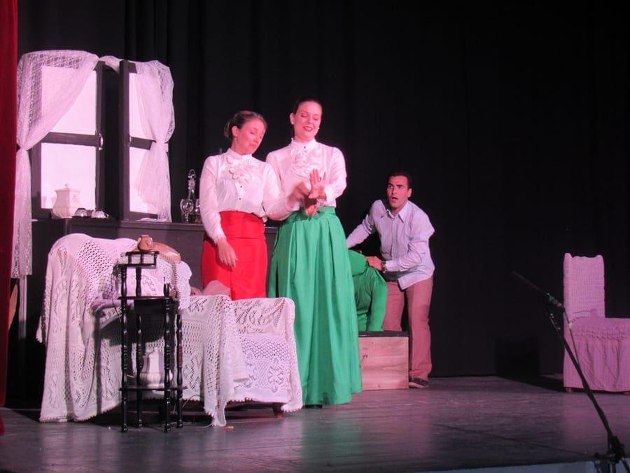Ολοκληρώθηκαν με επιτυχία οι παραστάσεις απο «Το Αμπερνάλλι»