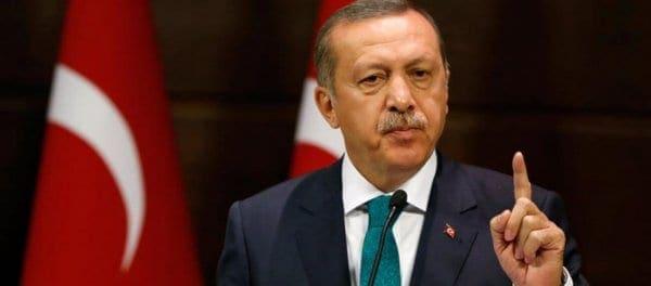 """Ρ.Τ.Ερντογάν προς Κύπρο: «Είστε τζάμπα μάγκες εσείς και η ΕΕ – Αν τολμάτε ελάτε να συλλάβετε το πλήρωμα του """"Πορθητή""""»"""
