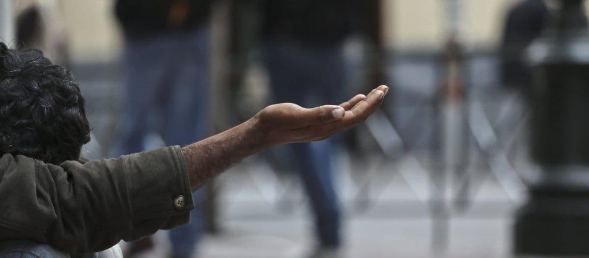 Ένας στους τρεις Έλληνες στο όριο της φτώχειας σύμφωνα με έρευνα