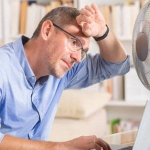 ΓΣΕΕ: Τι ισχύει για τους εργαζόμενους όταν έχει καύσωνα