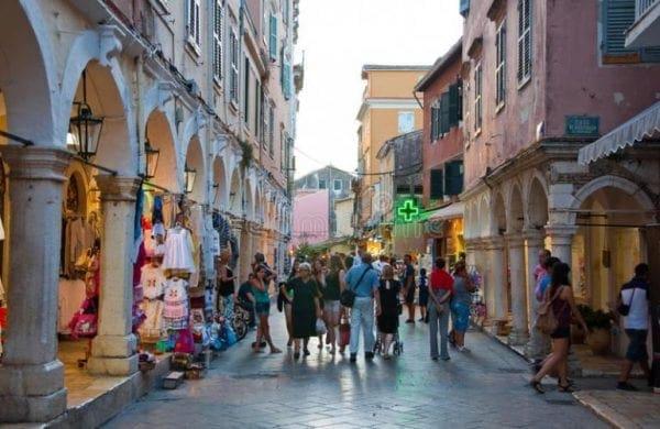 Σε νέα φάση η ξενοδοχειακή «επέλαση» της TUI στην Ελλάδα