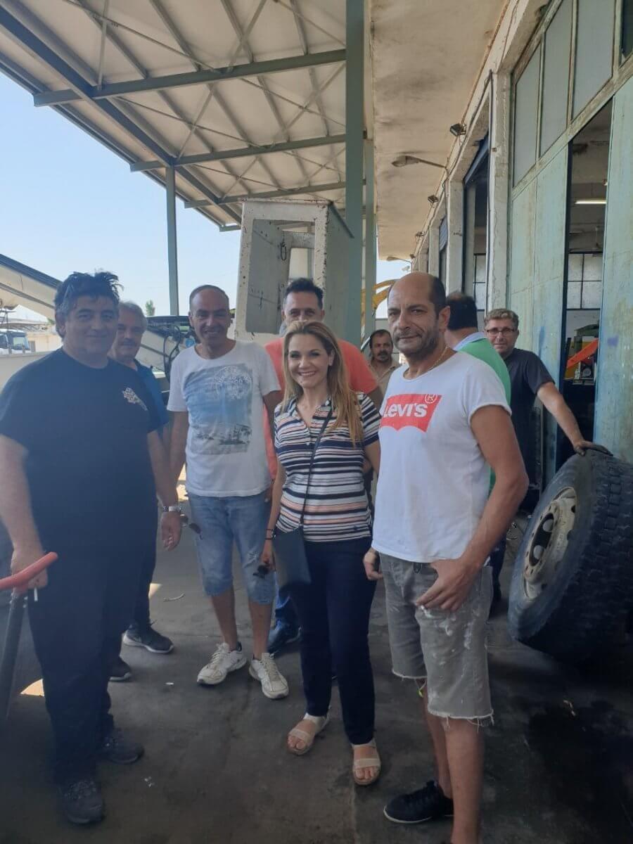 Η Μίκα Ιατρίδη με τους εργαζόμενους στις επιχειρήσεις του Δήμου Ρόδου: «Στηρίζουμε την Τοπική Αυτοδιοίκηση και το Δημόσιο Τομέα. Προχωράμε λέγοντας την αλήθεια. Ενωμένοι, ξεκινάμε το αύριο!»