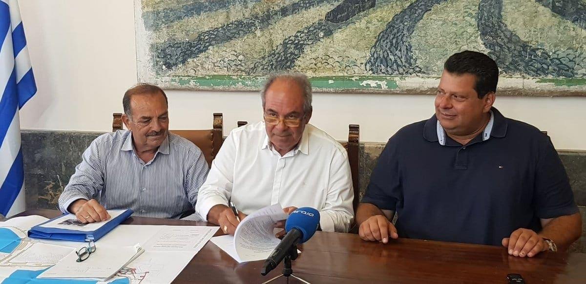 Υπογράφηκε η σύμβαση κατασκευής του  ξύλινου πεζόδρομου  στην περιοχή του Κόβα.