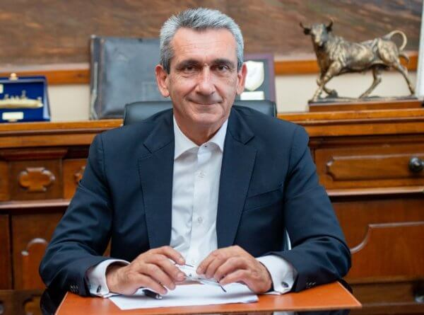 Υπεγράφη η σύμβαση με τον ανάδοχο  για την διαμόρφωση γηπέδου Καλαθοσφαίρισης Πυλώνας