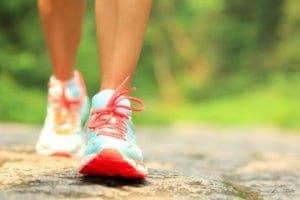 Γρήγορο περπάτημα 15 λεπτών: 6 οφέλη για την υγεία