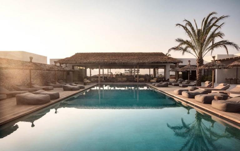 Thomas Cook: Η λίστα με τα ξενοδοχεία στην Ελλάδα – Ποια σε Ρόδο και Κω