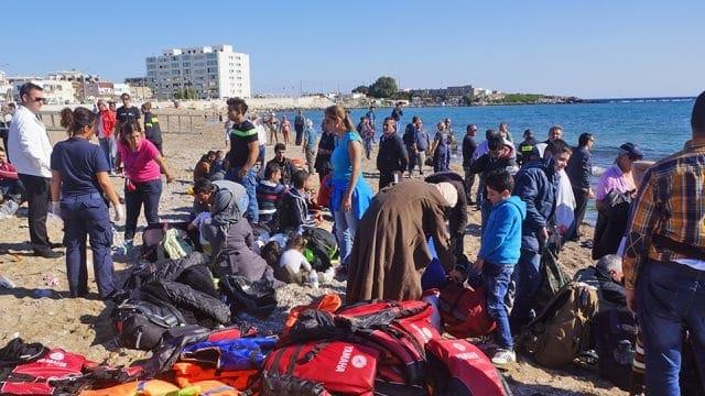 Προσφυγικό: Ενίσχυση των δυνάμεων του λιμενικού και αποσυμφόρηση των νησιών, αποφάσισε η κυβέρνηση