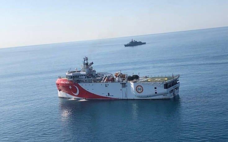 Τουρκικό ερευνητικό σκάφος πλέει νοτιοανατολικά του Καστελόριζου