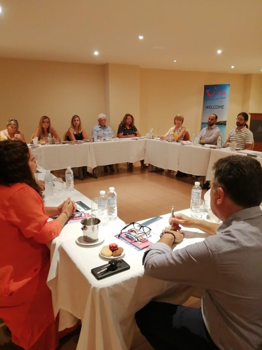 Συνάντηση εργασίας κοινωνικών δομών του νησιού με το Προξενείο Βρετανίας