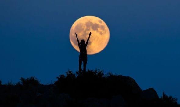 Πανσέληνος Σεπτεμβρίου: Παρασκευή και 13 το «Harvest Moon»