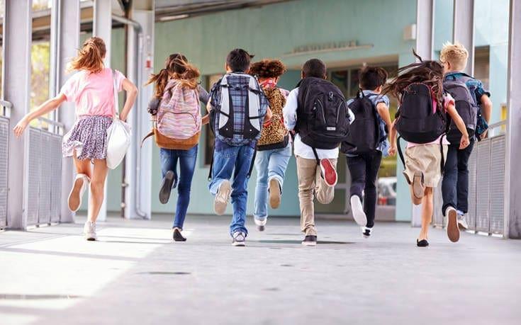 Έκθεση κόλαφος: Το 27,3% των Ελλήνων μαθητών υστερεί στην ανάγνωση
