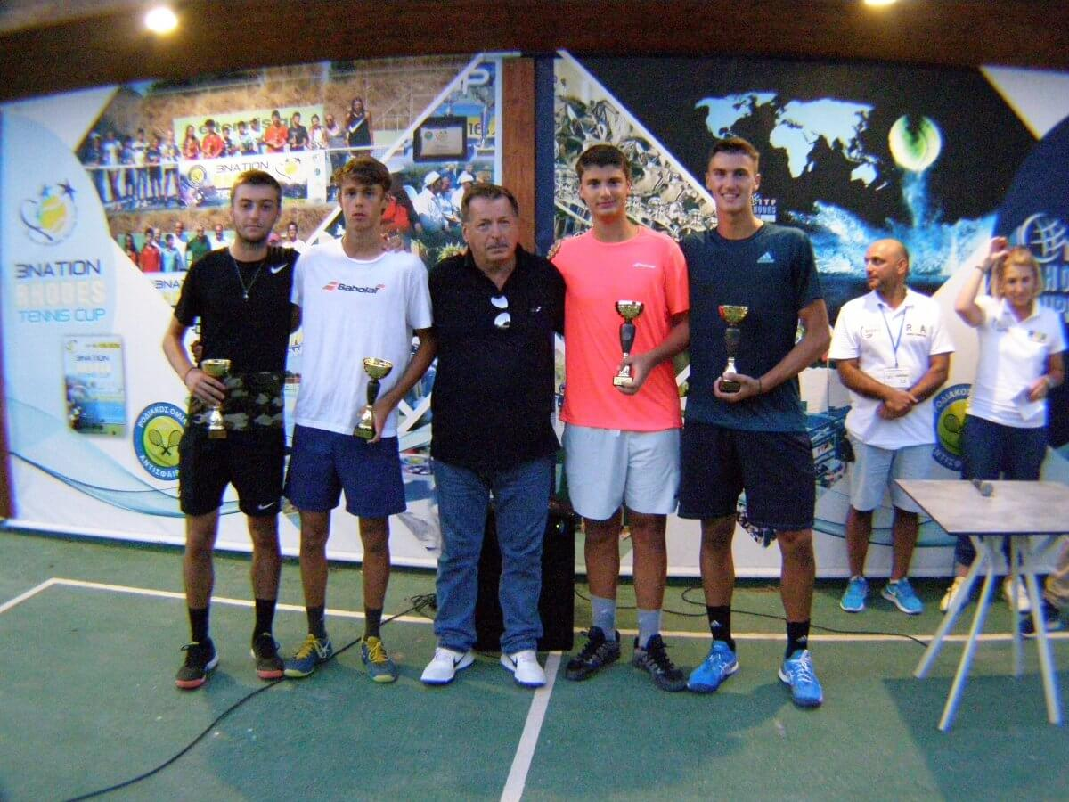 Ελληνική επιτυχία στους αγώνες διπλών του Παγκοσμίου τουρνουά τένις!