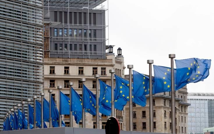 Γιατί η Γαλλία εμποδίζει την έναρξη ενταξιακών διαπραγματεύσεων για Τίρανα και Σκόπια