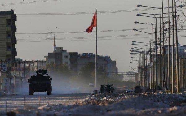 Νέα καταδίκη της Τουρκίας για τη Συρία και εμπάργκο όπλων ζητά το Παρίσι