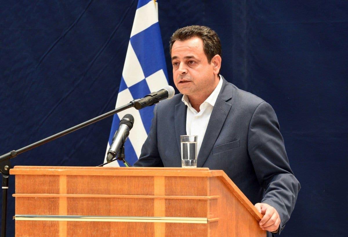 """Ν. Σαντορινιός: """"Η Κυβέρνηση αφήνει τις ναυτικές σχολές χωρίς καθηγητές"""""""
