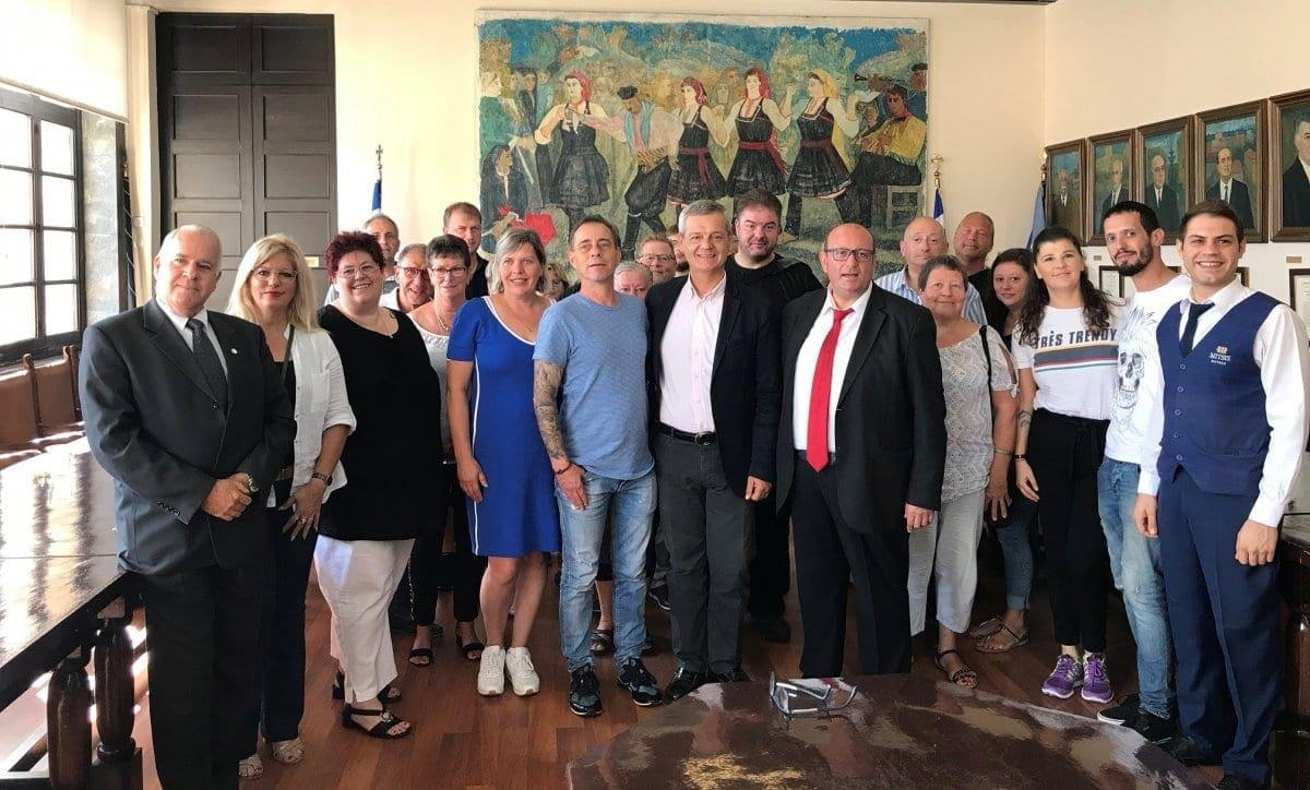 Νέες βραβεύσεις repeaters στη Ρόδο – Τιμήθηκαν για άλλη μία φορά από τον Δήμο Ρόδου συχνοί επισκέπτες του νησιού