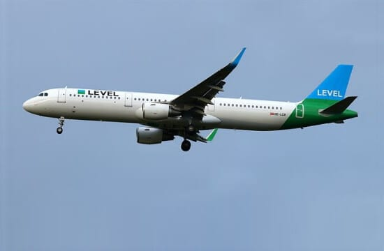 TUI: Συνεργασία με την αεροπορική Level για πτήσεις προς Ρόδο το 2020