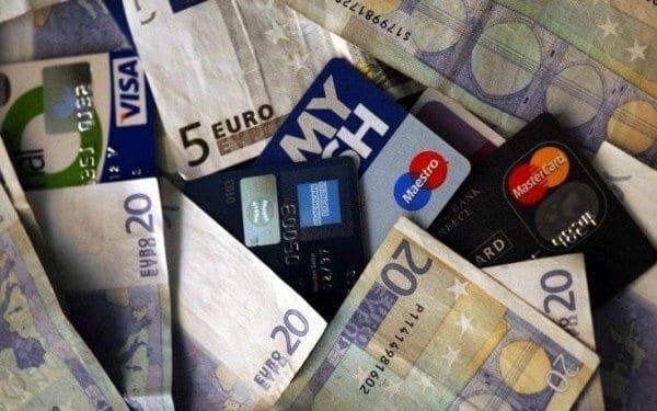 Φορολοταρία: Συζητούν να κληρώνονται σπίτια αντί για 1.000 ευρώ