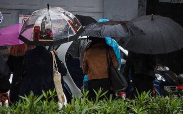 Κακοκαιρία: Σε ισχύ το έκτακτο δελτίο, βροχές και καταιγίδες την Παρασκευή