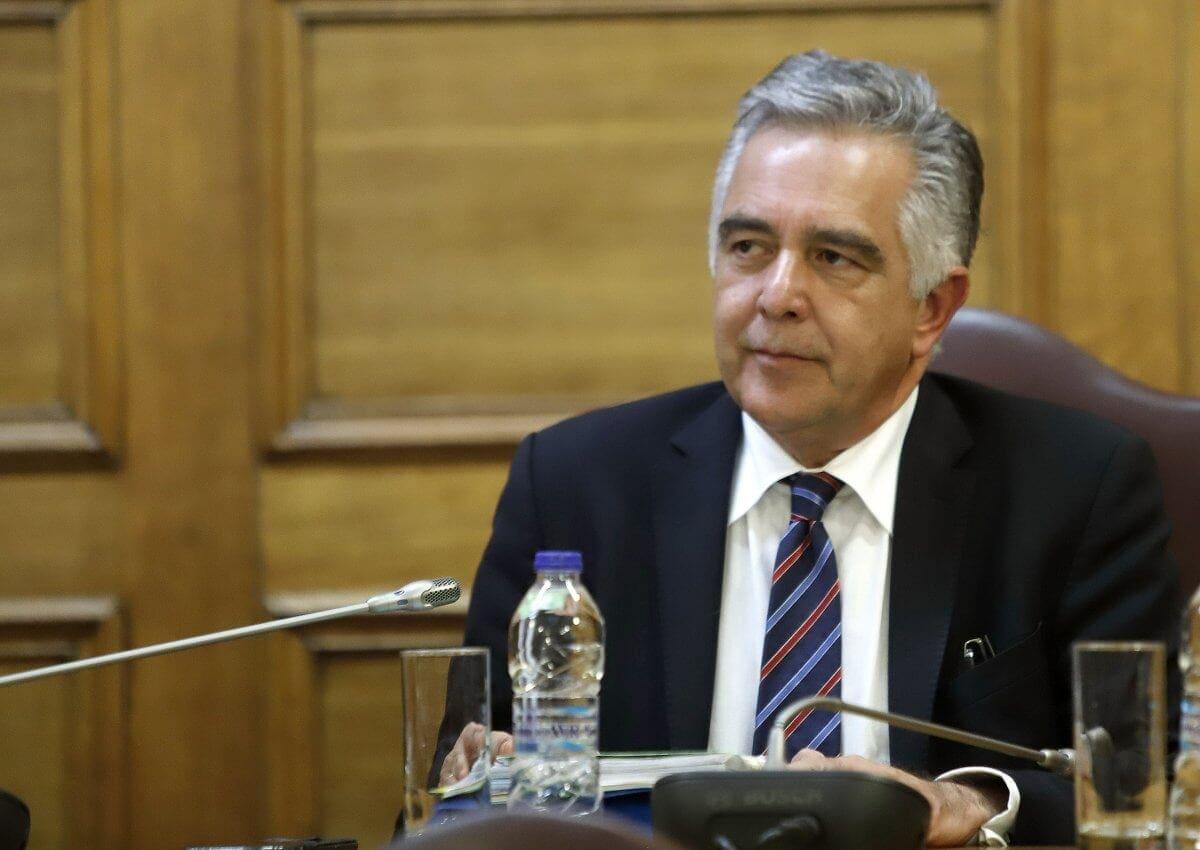Ερώτηση του Βασίλη Υψηλάντη στη Βουλή για τα αεροπορικά εισιτήρια