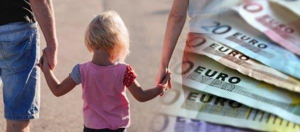 Επίδομα παιδιού: Ξεκινά η πληρωμή των δικαιούχων από τον ΟΠΕΚΑ – Πότε μπαίνουν τα χρήματα