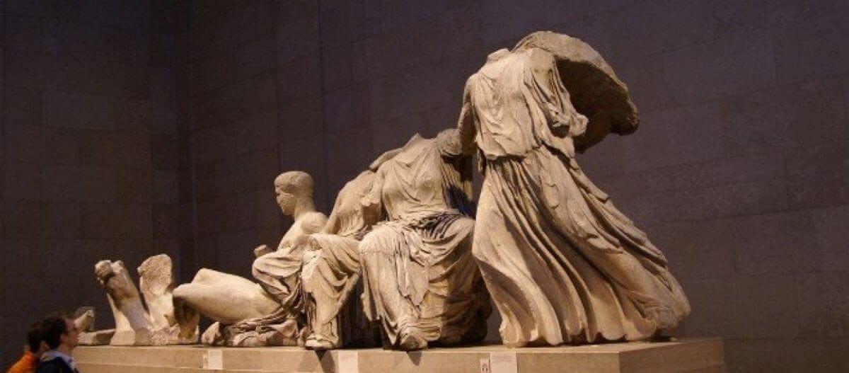 QC: «Το Βρετανικό μουσείο είναι ο μεγαλύτερος αποδέκτης κλεμμένων αρχαιοτήτων στον κόσμο»