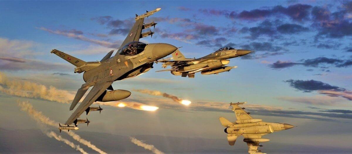 Τουρκικό μαχητικό επάνω από το Καστελόριζο