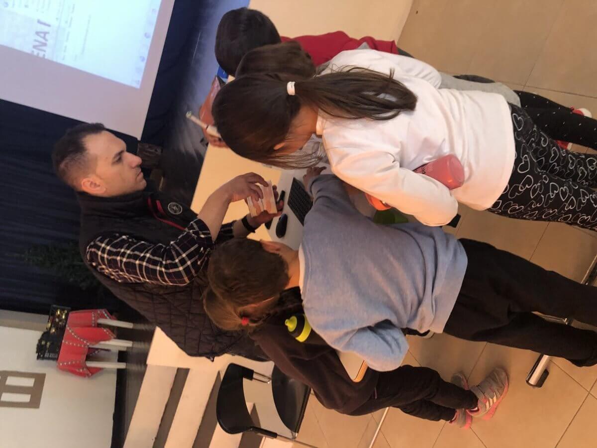 Ολοκληρώθηκε η ενημερωτική ομιλία με θέμα «Πρόληψη και Αγωγή Στοματικής Υγείας» στους μαθητές Α΄και Β΄τάξης του νέου  Δημοτικού Σχολείου Παστίδας