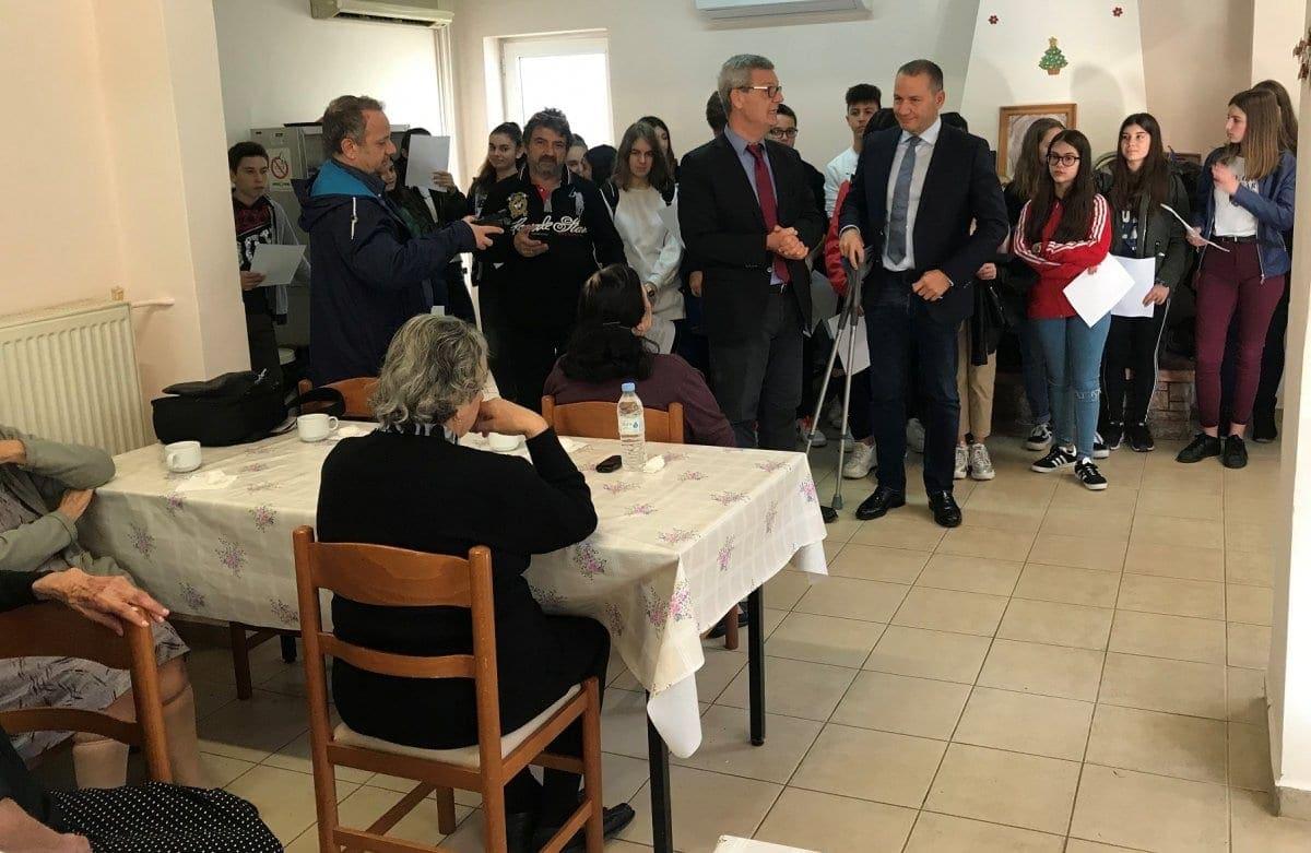 Επίσκεψη αντιδημάρχου Κώστα Ταρασλιά και μελών της δημοτικής αρχής σε Ιδρύματα της Ρόδου.