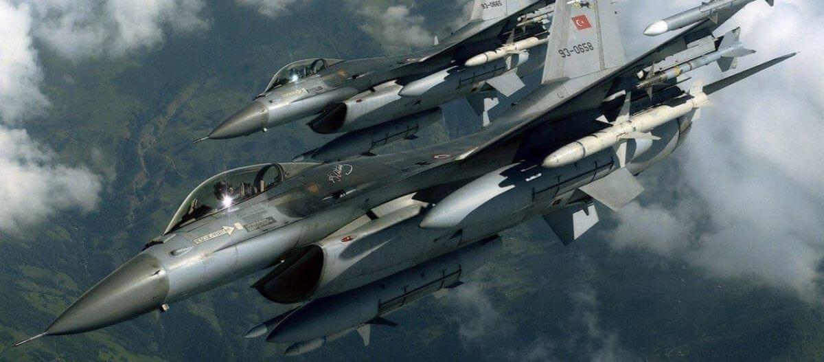 Τουρκικά F-16 πάνω από την Ρω