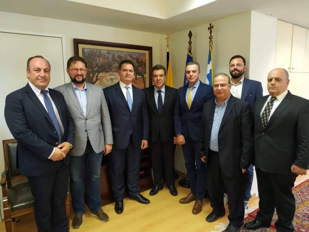 Συνάντηση του Υφυπουργού Τουρισμού Μάνου Κόνσολα, με τον Επιμελητηριακό Όμιλο Ανάπτυξης Ελληνικών Νησιών