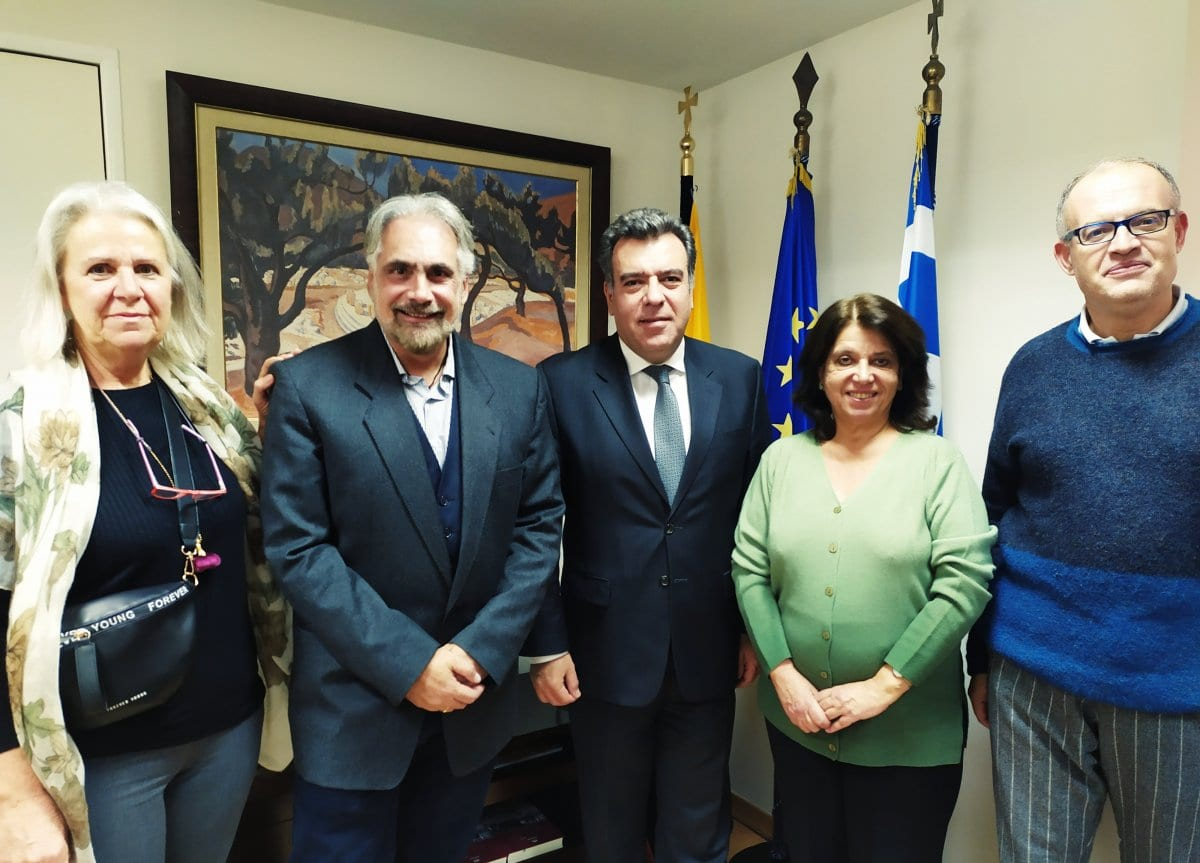 Συνάντηση του υφυπουργού Τουρισμού κ. Μάνου Κόνσολα με το Σωματείο Διπλωματούχων Ξεναγών Αθηνών