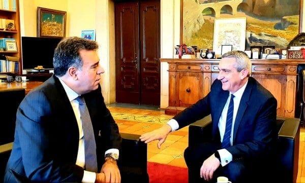 Συνεργασία του Γιώργου Χατζημάρκου με τον Υφυπουργό Τουρισμού Μάνο Κονσόλα στο γραφείο του Περιφερειάρχη στη Ρόδο