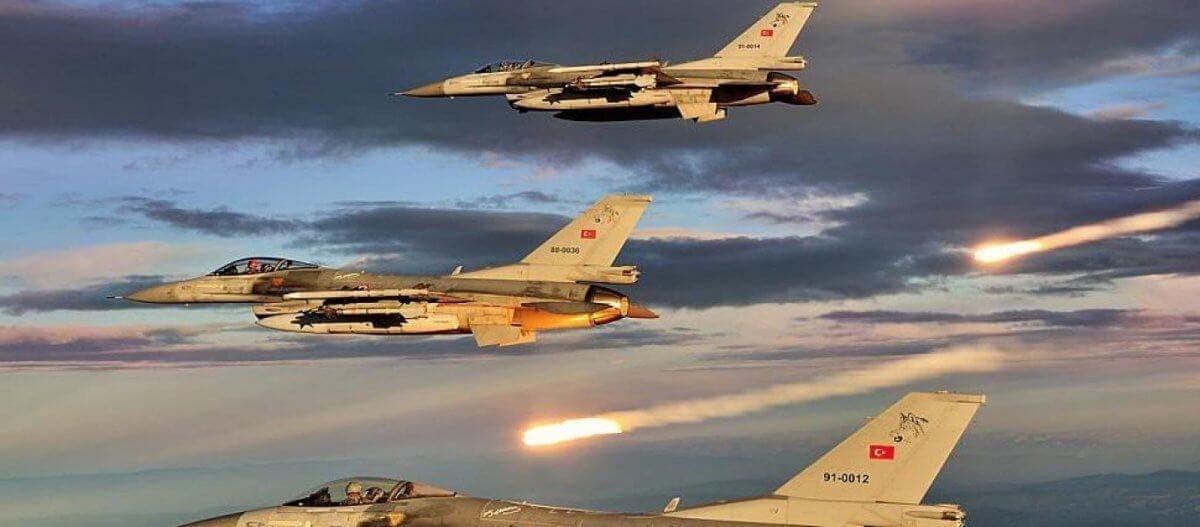 Τουρκικά μαχητικά πέταξαν πάλι πάνω από ελληνικά νησιά