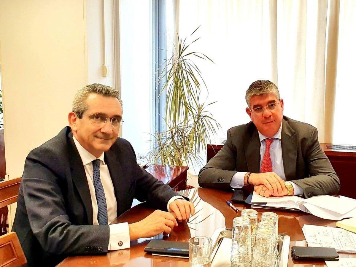 Συνάντηση του Περιφερειάρχη Γιώργου Χατζημάρκου με τον Υφυπουργό Ανάπτυξης & Επενδύσεων Γιάννη Τσακίρη