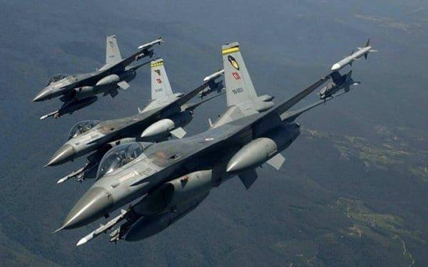 Ζεύγος τουρκικών F-16 πέταξε πάνω από τα Δωδεκάνησα